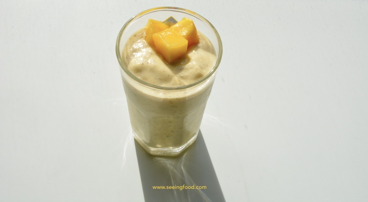 Mango chia seed smoothie | Simple, healthy and delicious