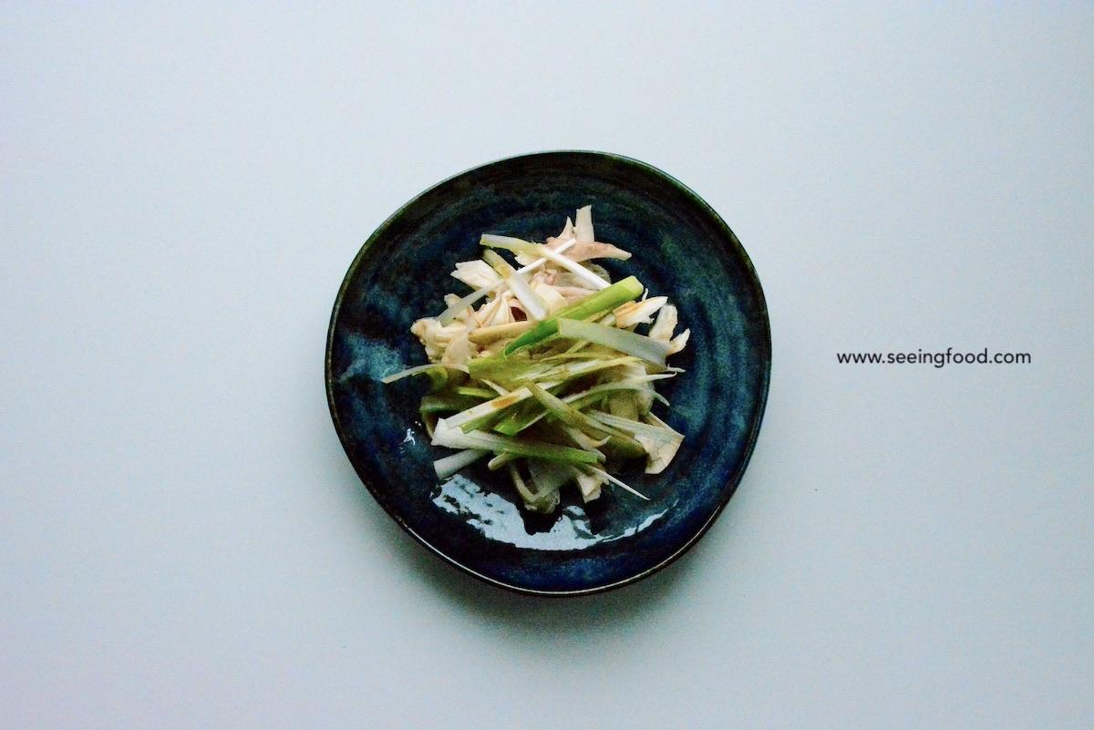 Poached chicken with scallion | Oriental salad